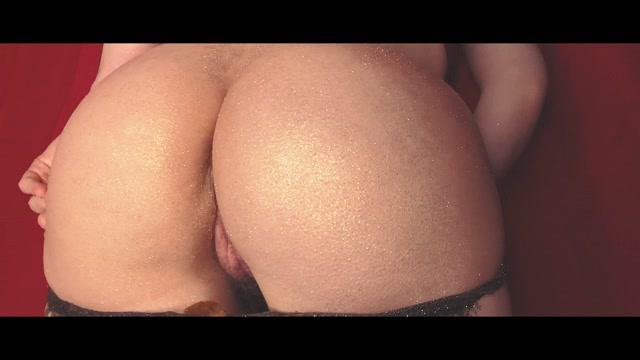 Dirtybetty_-_Wtf_Mammoth_Pile_Ass_With_Microstars.mp4.00011.jpg