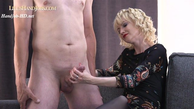 Watch Online Porn – Elegant Pantyhose HandJob _ Cum on Pantyhose – I JERK OFF 100 Strangers hommme HJ (MP4, HD, 1280×720)