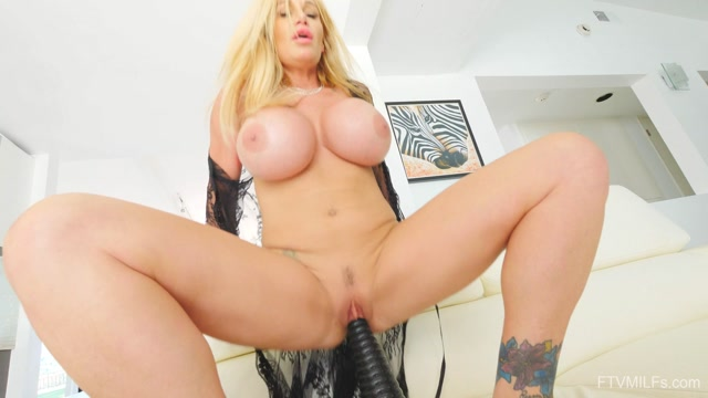 Watch Online Porn – FTVMilfs presents Tyler in Busty Lusty Blonde – Larger Than Life 7 – 20.08.2019 (MP4, FullHD, 1920×1080)
