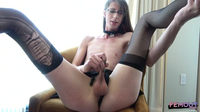 Watch Online Porn – Femout.xxx presents Meet Nikki Randango! – 21.08.2019 (MP4, HD, 1280×720)