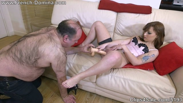 Watch Online Porn – French-domina – Kim with her toy (MP4, HD, 1280×720)