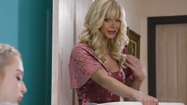 Watch Online Porn – GirlsWay presents Lexi Lore, Serene Siren in Hypocritical Mom – 03.08.2019 (MP4, FullHD, 1920×1080)