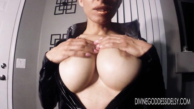 Watch Online Porn – Goddess Idelsy – Boob Assassin (MP4, FullHD, 1920×1080)