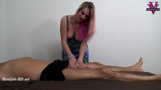 Watch Online Porn – Happy ending massage from Vicky – Vickys Fetish Fun (MP4, FullHD, 1920×1080)