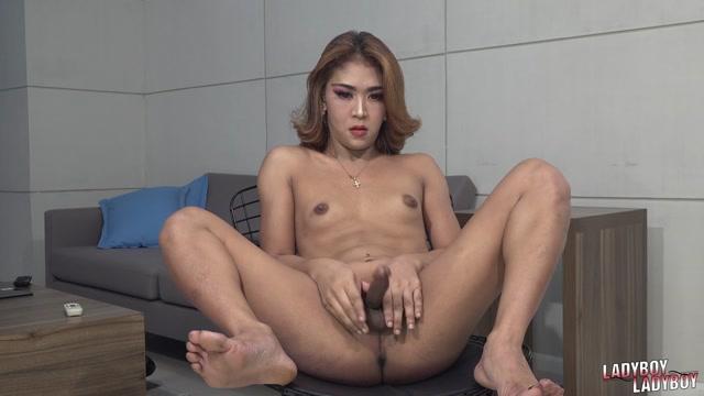 Watch Online Porn – Ladyboy-ladyboy presents Charming And Sexy Marga! – 26.08.2019 (MP4, HD, 1280×720)