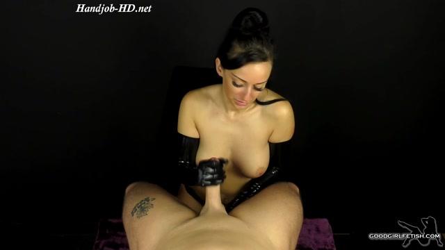 Watch Online Porn – Latex Glove Handjob – Real Latex – Cassie Clarke (MP4, FullHD, 1920×1080)