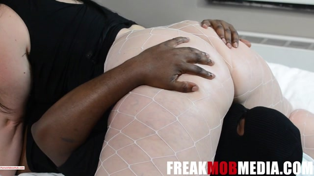 ManyVids_presents_Freak_Mob_Media_in_Marcy_Diamond_and_Virgo_Peridot_Eat_Ass__4.50__Premium_user_request_.mp4.00000.jpg