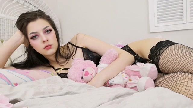 Watch Online Porn – ManyVids presents Lilli Lovedoll in findom doll (MP4, HD, 1280×720)
