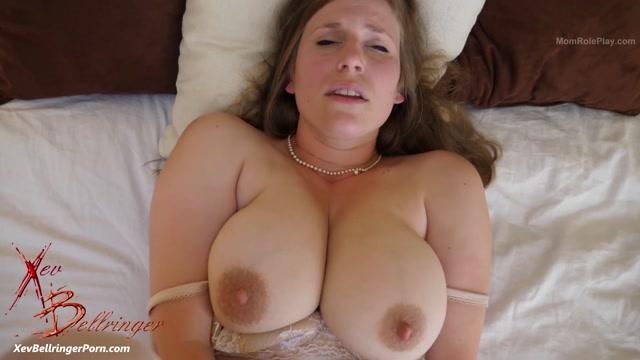 Watch Online Porn – ManyVids presents Xev Bellringer in Mommy's Honeymoon – 02.08.2019 $39.99 (Premium user request) (MP4, FullHD, 1920×1080)