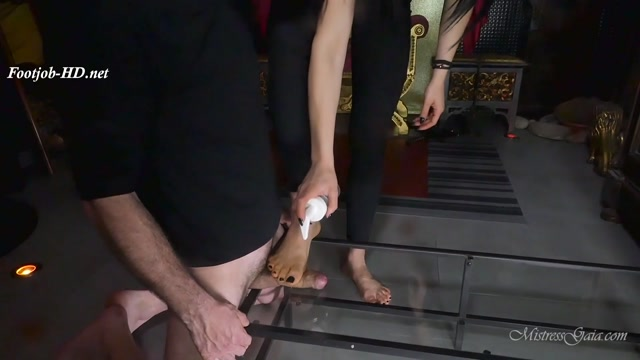 Watch Online Porn – Mistress Gaia – A Touch Of Glass (MP4, FullHD, 1920×1080)