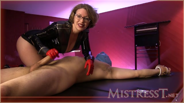 Watch Online Porn – Mistress T – Journalist Gets More Than Answers (MP4, HD, 1280×720)