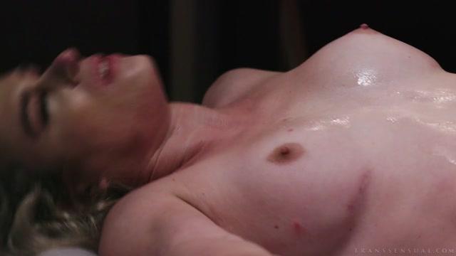 Watch Online Porn – NatalieMars.xxx presents Hot For My TS Teacher – Nikki Vicious & Michael Del Ray (MP4, HD, 1280×720)