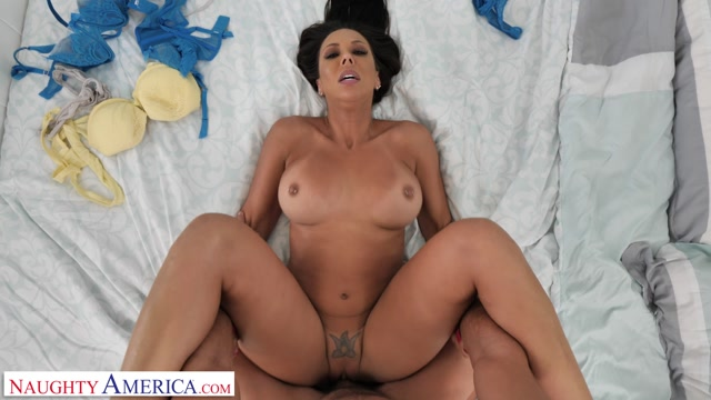 Watch Online Porn – NaughtyAmerica – Housewife1On1 presents Kassandra Kelly aka Rachel Starr takes care of her husband's needs – 19.08.2019 (MP4, FullHD, 1920×1080)