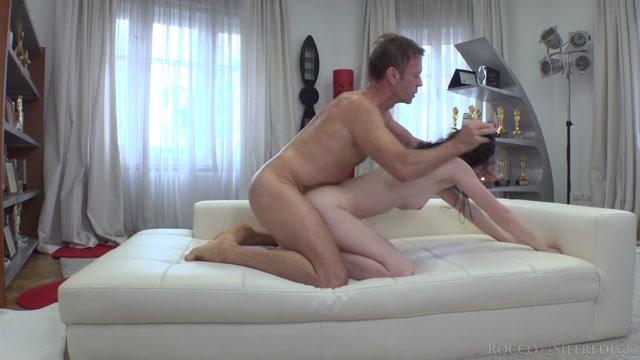 Watch Online Porn – Roccosiffredi presents Meri Kriss in Rocco's Intimate Castings #26 – 14.08.2019 (MP4, HD, 1280×720)