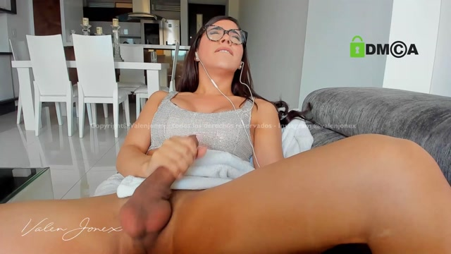 Watch Online Porn – Shemale Webcams Video for August 12, 2019 – 23 (MP4, FullHD, 1920×1080)