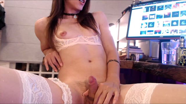 Watch Online Porn – Shemale Webcams Video for August 14, 2019 – 17 (MP4, FullHD, 1920×1080)