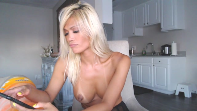Shemale_Webcams_Video_for_August_20__2019___05.MP4.00010.jpg