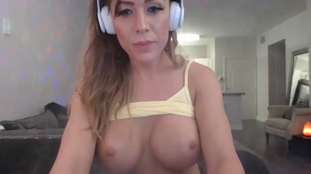 Watch Online Porn – Shemale Webcams Video for August 26, 2019 – 15 (MP4, SD, 1024×576)