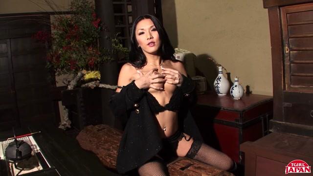 Watch Online Porn – TGirlJapan presents Karina, Beauty In Black! Remastered – 16.08.2019 (MP4, HD, 1280×720)