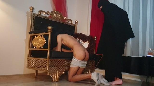 Watch Online Porn – Turkish Mistress Aylin – Slave training (MP4, UltraHD/4K, 3840×2160)