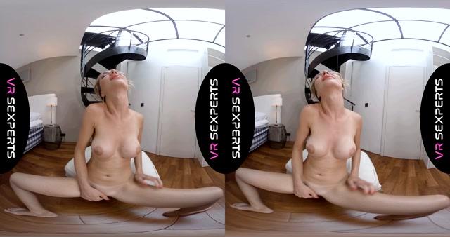 VRSexperts_presents_Just_Follow_Me_-_Victoria_Puppy.mp4.00015.jpg