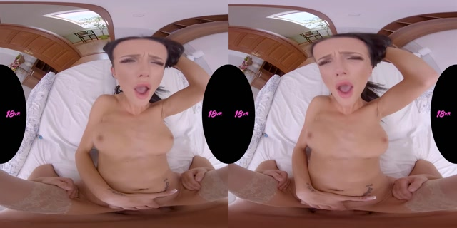 18VR_presents_Nicole_Love_in_Double_Diamond.mp4.00011.jpg