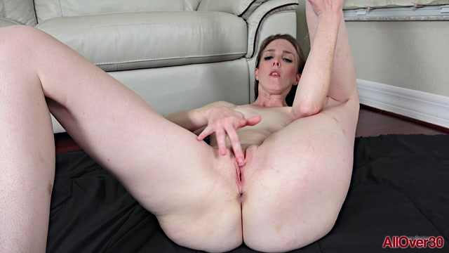 Watch Online Porn – Allover30 presents Isabella Jane 33 years old Mature Pleasure – 13.09.2019 (MP4, FullHD, 1920×1080)