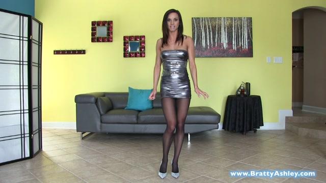 Watch Online Porn – Ashley Sinclair – Pantyhose Addiction (MP4, HD, 1280×720)