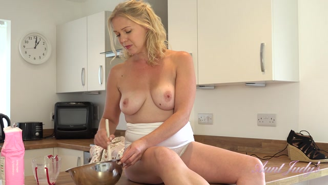 Watch Online Porn – AuntJudies presents Abi (MP4, FullHD, 1920×1080)