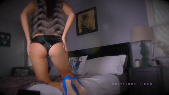 Watch Online Porn – Bratty Bunny – Pray to Goddess (MP4, SD, 960×540)
