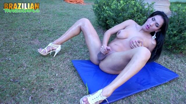 Watch Online Porn – Brazilian-transsexuals presents Tamarah Camargo Gets Naughty! Remastered – 03.09.2019 (MP4, HD, 1280×720)