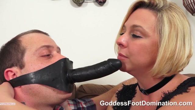 Clips4sale_presents_Goddess_Foot_Domination_Goddess_Brianna_in_Cucky_s_Movie_Night_-_Part_2____10.99__Premium_user_request_.mp4.00001.jpg