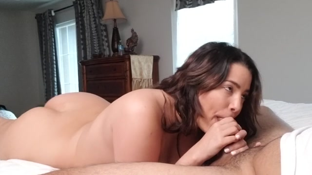 Cum_to_Mouth_-_Alix_Lovell_Sucks_Cock_and_Drains_Cum_into_her_Thirsty_Mouth.mp4.00005.jpg