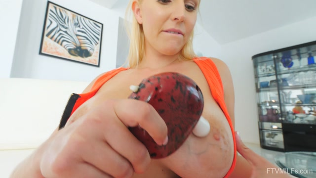 Watch Online Porn – FTVMilfs presents Vanessa in Ultimate Booty – Trophy MILF – 6 – 10.09.2019 (MP4, UltraHD/4K, 3840×2160)