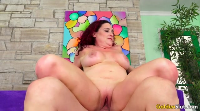 GoldenSlut_presents_Amanda_Ryder.mp4.00011.jpg
