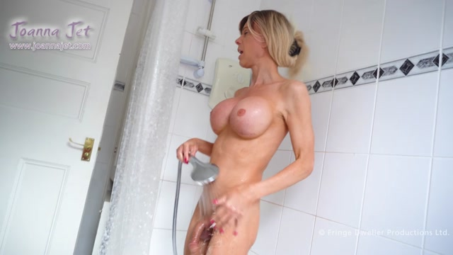 JoannaJet_presents_Joanna_Jet___Me_and_You_373___Soap_and_Spray___20.09.2019.mp4.00004.jpg