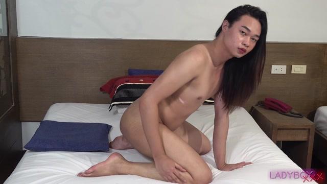 Watch Online Porn – Ladyboy.xxx presents Presenting Ronace! – 05.09.2019 (MP4, HD, 1280×720)
