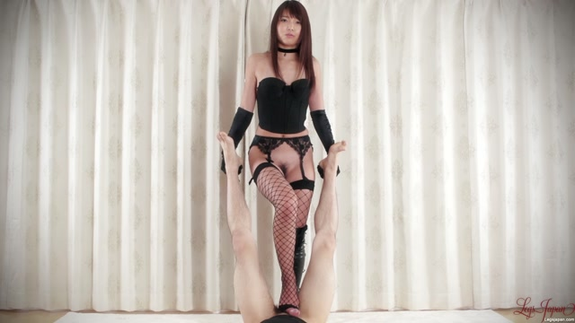 Watch Online Porn – LegsJapan presents Dom Footjob in Black – Shino Aoi (MP4, FullHD, 1920×1080)