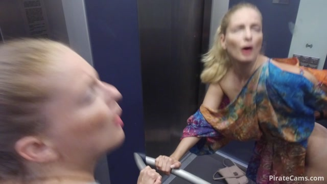Watch Free Porno Online – ManyVids Webcams Video presents Girl Cayenne – BBC pounds my Pussy in elevator Public (MP4, FullHD, 1920×1080)