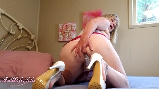 ManyVids_presents_HotWifeJolee_in_Mom_is_a_dirty_whore.mp4.00007.jpg