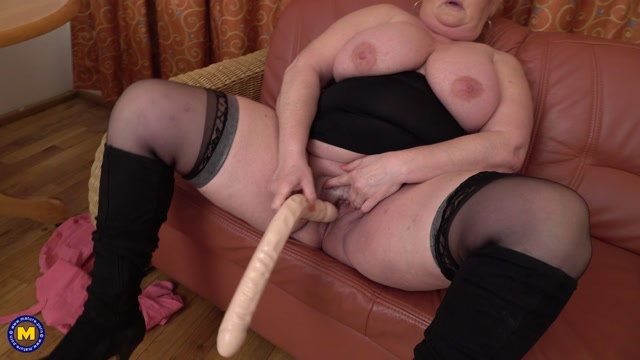 Mature.nl_presents_Helena__53_.mp4.00012.jpg