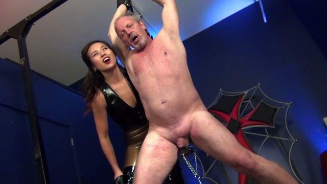 Watch Online Porn – Mistress Lucy Khan – Hung Up on FemDom PART 2 (MP4, HD, 1280×720)