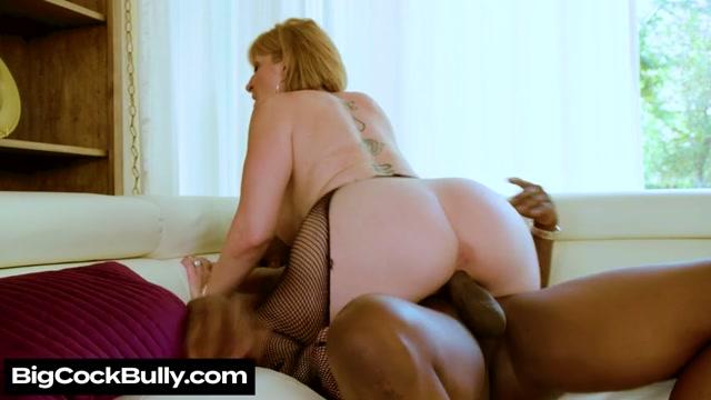 Watch Online Porn – NaughtyAmerica – BigCockBully presents Sara Jay – 26.09.2019 (MP4, SD, 854×480)