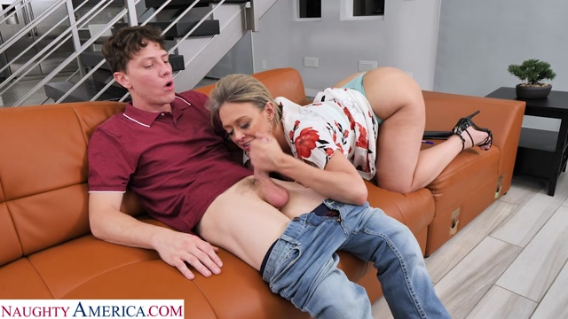 NaughtyAmerica_-_SeducedByACougar_presents_Dee_Williams___29.09.2019.mp4.00004.jpg