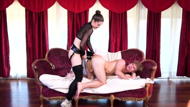 Watch Online Porn – PegHim presents Kasey Warner – Kasey Needs It Bad (MP4, FullHD, 1920×1080)