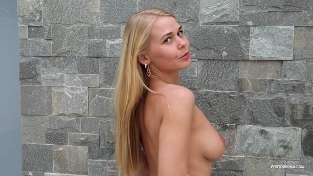 Watch Online Porn – Photodromm presents – 2019.04.23 – Darina – Easygoing (MP4, HD, 1280×720)