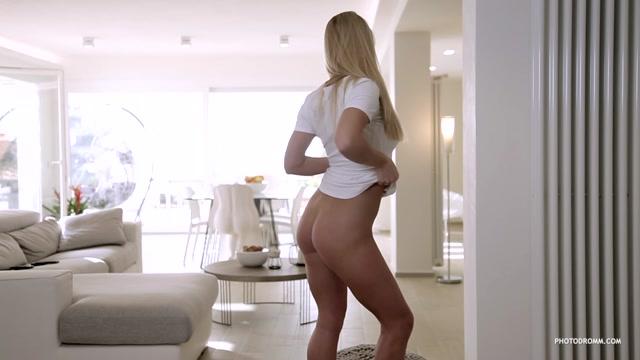 Watch Online Porn – Photodromm presents 2018-12-15 Darina – Twist Of Fate (MP4, HD, 1280×720)