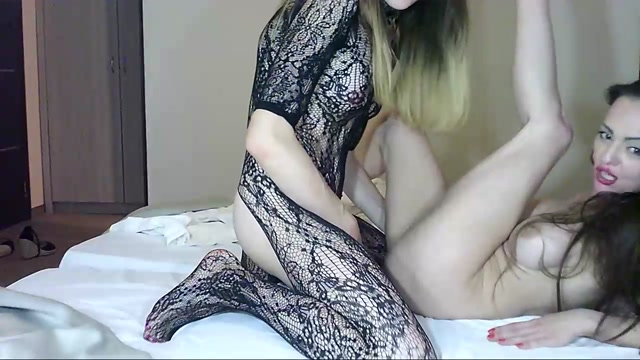 Watch Online Porn – Shemale Webcams Video for September 16, 2019 – 29 (MP4, HD, 1280×720)