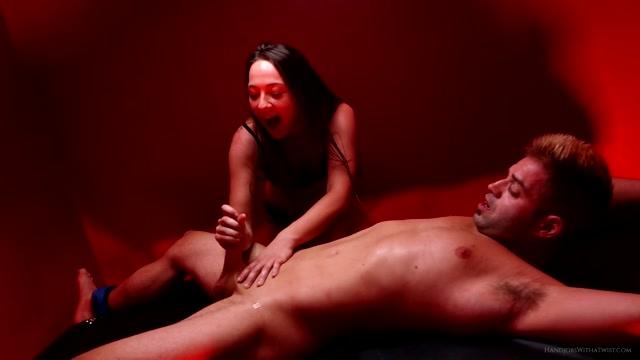 Watch Online Porn – SilverCherrys Handjobs With a Twist – Bound Tickled and Drained – Taylor Pierce Handjob (MP4, FullHD, 1920×1080)