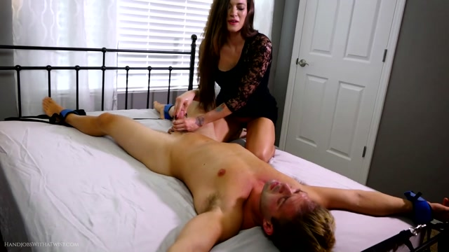 Watch Online Porn – SilverCherrys Handjobs With a Twist – Pleasure and Cruelty – Dacey Harlot Handjob (MP4, FullHD, 1920×1080)